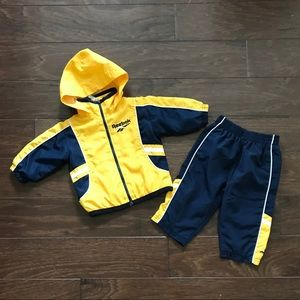 Reebok Windbreaker Outfit